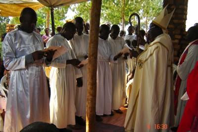 Ordinatsioon Kihiihi piiskopkonnas Ugandas